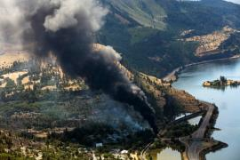 Aerial photo of derailment and fire in Mosier