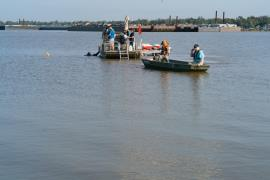 Dive team assessing the San Jacinto River Waste Pits Superfund site, USEPA photo by Eric Vance