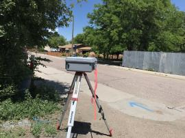 DustTrak monitoring dust concentrations in ambient air near the adjacent residential neighborhood.