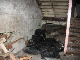 asbestos trash bags<br />Date Taken: 8/11/2008<br />Category: <br />Latitude: <br />Longitude: <br />Tags: