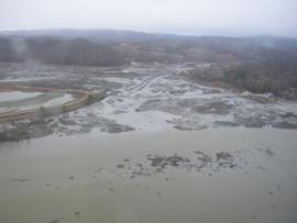 OVERFLIGHT: general fly ash spill<br />Date Taken: 1/8/2009<br />Category: <br />Latitude: <br />Longitude: <br />Tags: