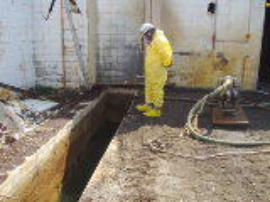 ERRS pump-out liquid waste from pit W-33