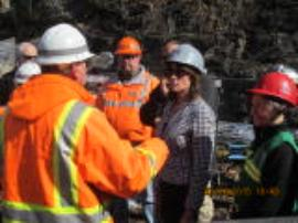 Derailment site foreman explaining current situation to U.S. Congresswoman Cheri Bustos and Region 5 Administrator Susan Hedman
